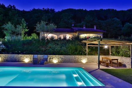 Casa Pulci - Modern Cosy Villa