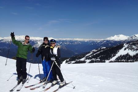 creekside location ski in ski out - Társasház