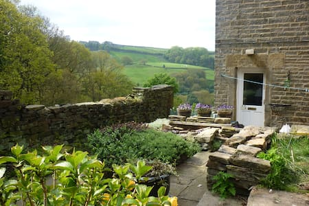 Holmfirth Cottage for 2-3 - Casa