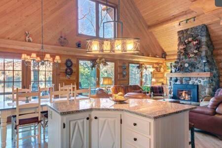 Luxurious Lake House Gataway - 蒙特朗布朗 - 独立屋