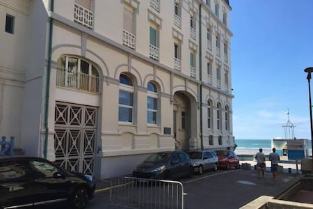 Grand Hôtel, appartement charmant sur la digue - Wimereux - Leilighet