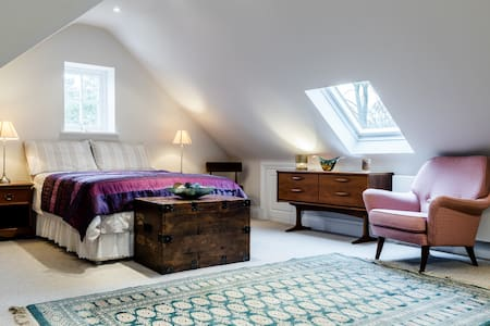 WD3  Exclusive Apartment Sleeps X 5 - Rickmansworth - House