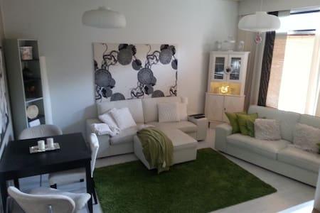 Lovely 3 room apartment with garden - Nummela