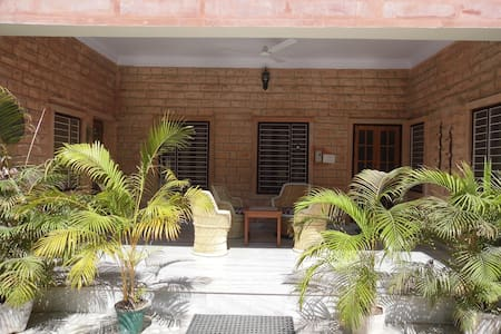 A green relaxing place in the heart of Jodhpur - Jodhpur - Inap sarapan