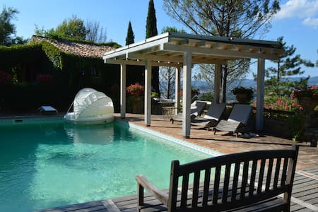 2 Antique Cottages with Pool in private location - Villa
