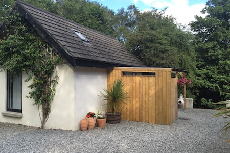 Chalet in the green Wicklow hills - Chalet