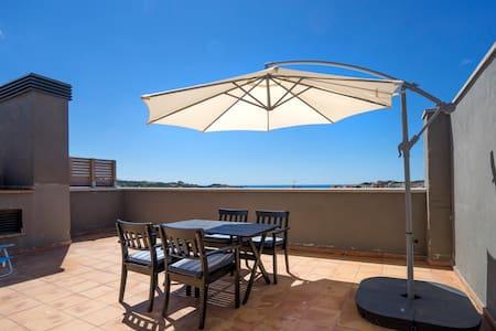 Sea view NEW, cozy apartment in Costa Brava - Sant Feliu de Guíxols - Apartament