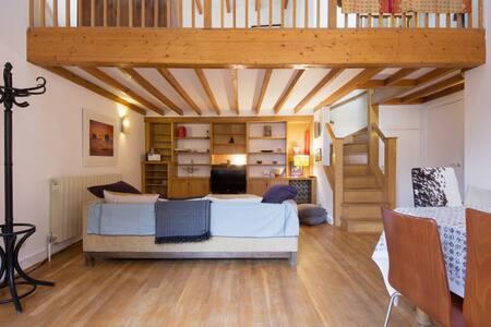 Spacious loft studio W10 - Londres - Loft