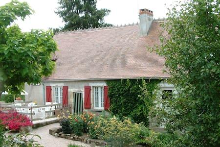 Te huur vakantiewoning in Ygrande - Zomerhuis/Cottage