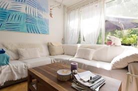 Picture of Kleine kamer met tweepersoons bed