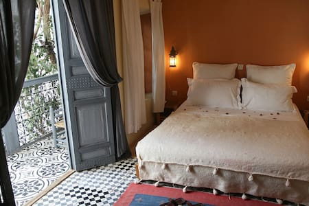 Chambre   patio Dar Touyir - Marrakesh - Bed & Breakfast