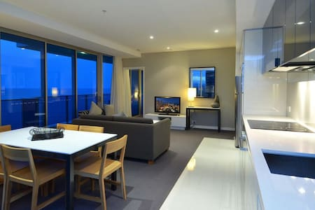 Above Hilton Hotel 2 Bedrooms
