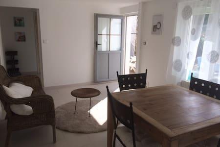 Appartement avec jardin 4 personnes - Longeville-sur-Mer - Apartment