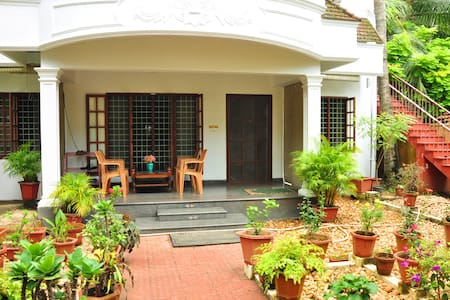 PENIEL RESIDENCY-FEEL HOMELY - Bed & Breakfast