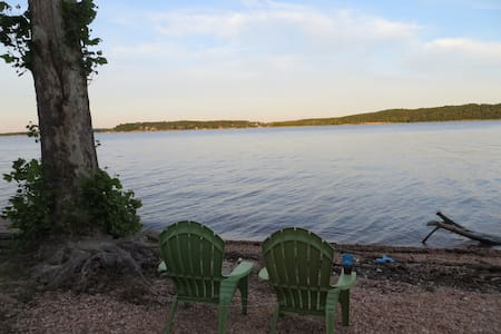 Luxury Lake front condo, 3BD/3BA - Afton - Condominio