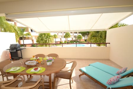 Lux 1BD with terrace/pool:Vilamoura