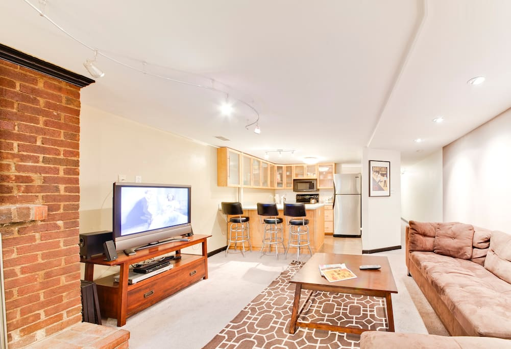 U Street/ Dupont Friendly 2 Bedroom