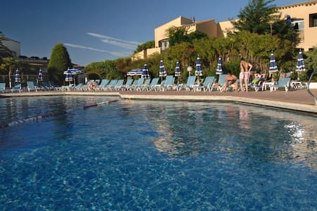 Petit prix bord mer en club (piscine/animations) - Agde - Apartment