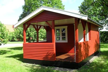 Hytte i æblehaven - Rønne - Kabin