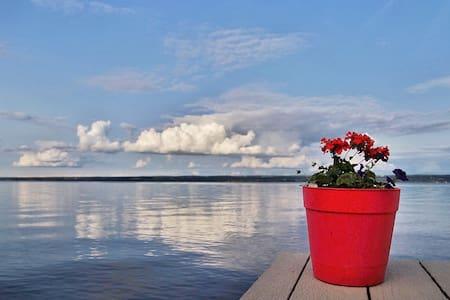 Cayuga Lake Vacation- Whole House - Ház