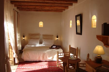 Chambre confortable dans un verger - Bed & Breakfast