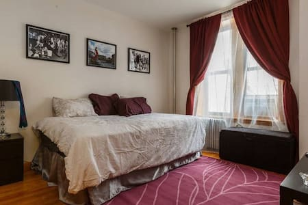 Room in Little Italy on Mulberry St - New York - Apartment