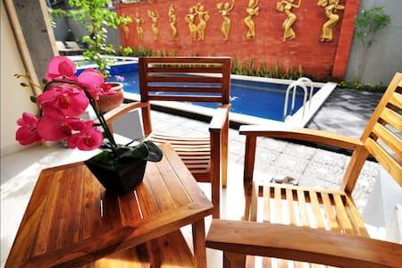 Jesens Inn II Kuta Bali