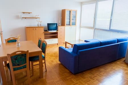 Perunika 9 - Apartment