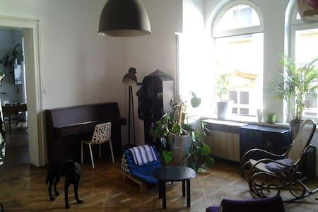 Big Atelier/ Livingroom