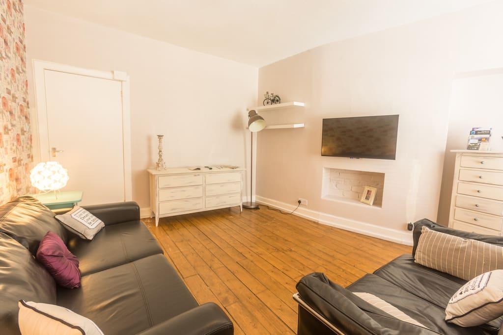 VieAmhor Royal Mile Apartment
