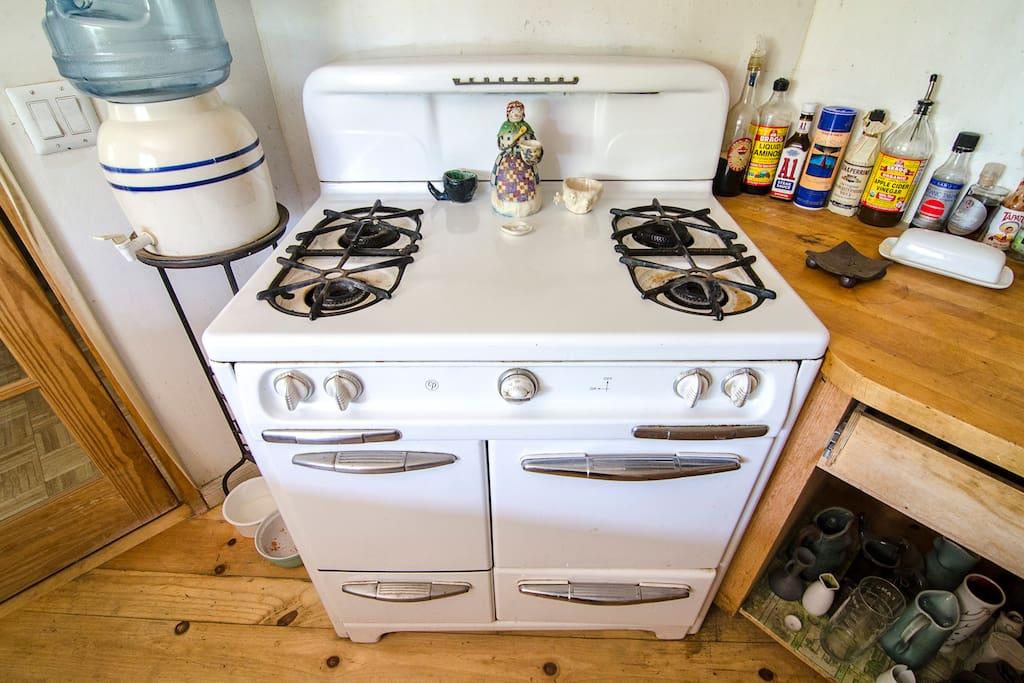 1949 Wedgewood gas stove.
