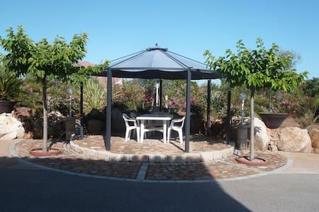Rez de villa Face  Montagne Corse - Cuttoli-Corticchiato - Appartement
