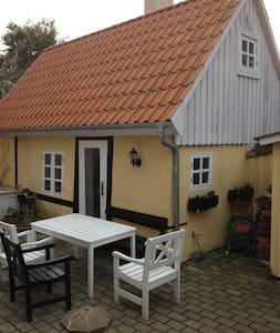 lille lejlighed i to etager - Odense - Pis