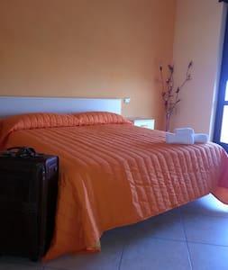 Bed & Breakfast a 5 STELLE - Castelluccio dei Sauri - Bed & Breakfast