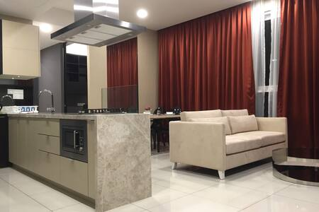 2 BR luxury condo on D'sara Uptown for 5 pax - Kondominium
