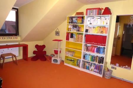 Cozy 2 room attic apartment - Pis
