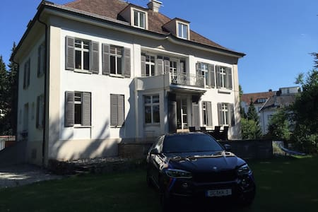 Charmante, neu renovierte Wohnung - Apartment