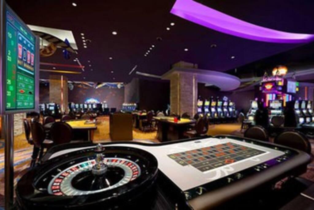 играть бесплатно в казино в пунта кана tower