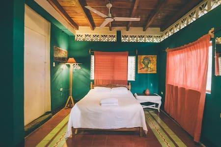 Three Bed Room (Casa del Poeta) - Ház