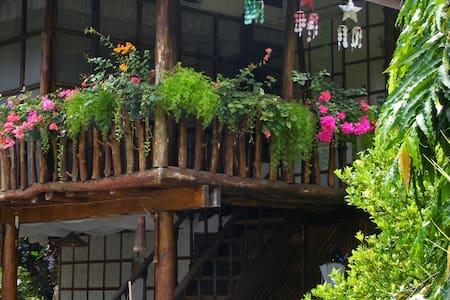 R1 Tropical Home Casa Ligaya - Huis