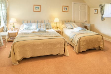 Wiltonburn Farm B &B Nr. Hawick - Hawick - Bed & Breakfast