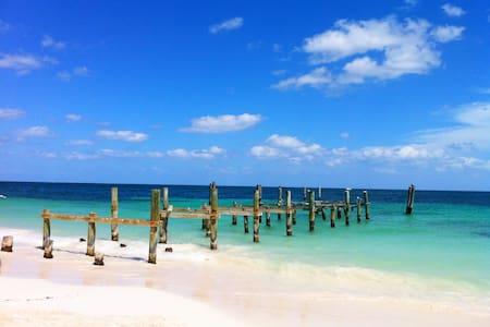 Luxurious Beachfront Private Beach