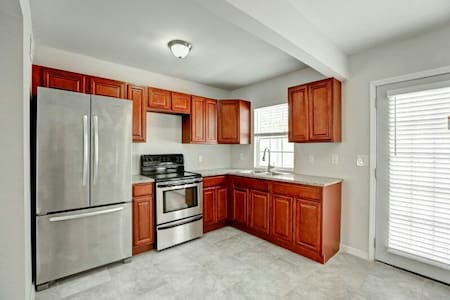 Private Townhome 1500$ monthly