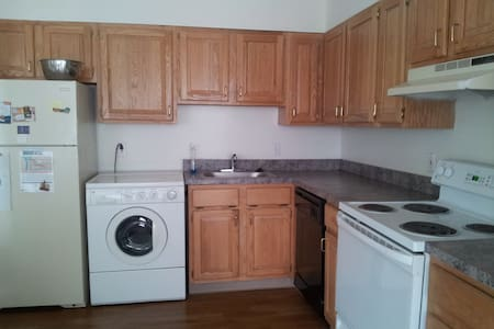 Huge room in Rittenhouse Square
