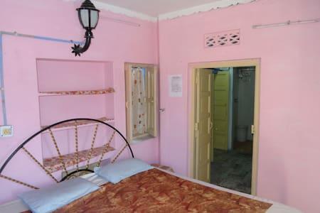 Amar Niwas guest House ,Jarokha room - Bed & Breakfast