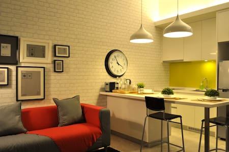 Contemporary Studio #2, Mont Kiara - Kuala Lumpur