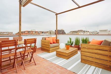Newly reformed apartment with an amazing terrace and views. Located in a trendy and quite area close to the Marina, the Gothic area and the Rambla of Poblenou.  The apartment has been just reformed and listed on Summer 2015. It has been reformed maintaining the Vintage style of the building such as the bricks walls.  It comes with a double bedroom, a double sofa-bed in the living room, a bathroom with shower and fully equipped kitchen. A large terrace, with sun-beds and outdoor furnitures.