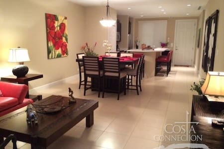 Luxury Pacifico 2 Bed Condo L-602
