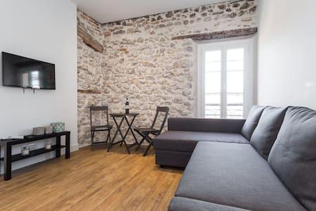 Superbe studio coeur vieil antibes - Appartamento
