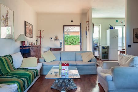 Nice semi-detached house - Rastignano-carteria di Sesto - Villa